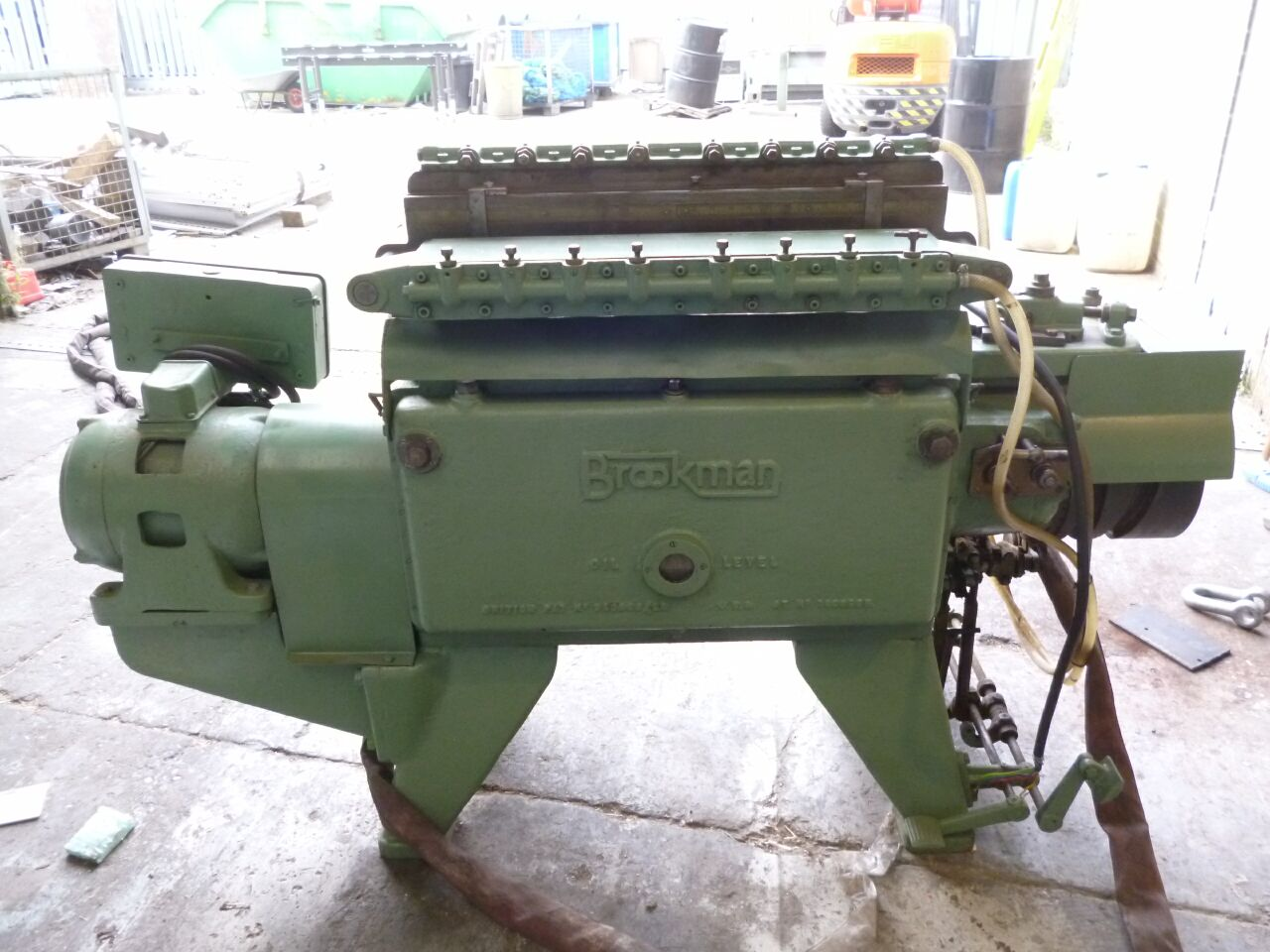 BROOKMAN Fully Automatic Dovetailer title=